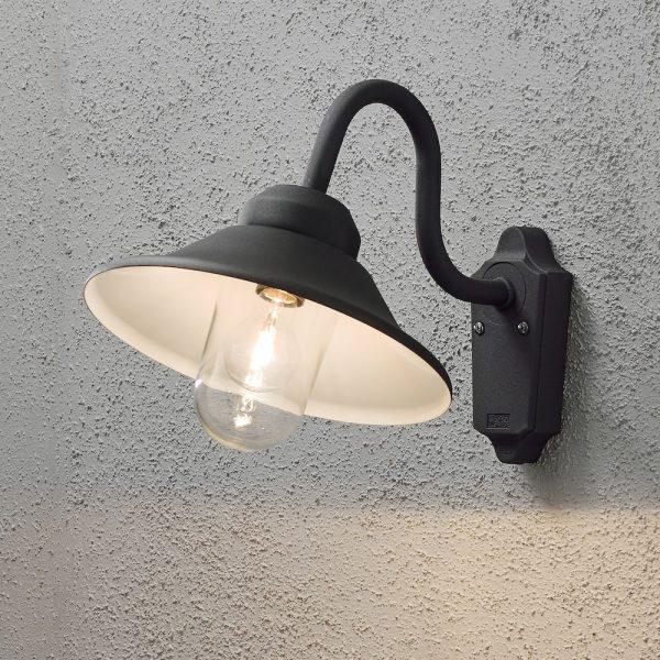 Vega-vägglykta-E27-svart.jpg